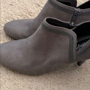 Women's 11 Gray Bootie Heels